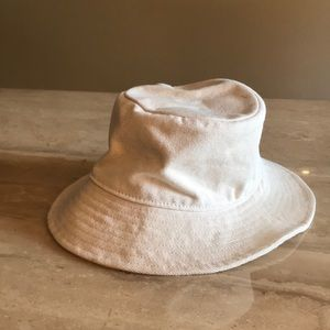 Made well Short Brimmed Canvas Bucket Hat Natural